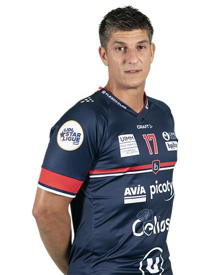 17 - Romain Ternel